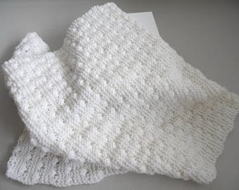 Ecru blanket baby yarn