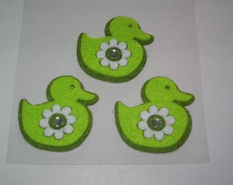 Set of 3 ducks in green felt