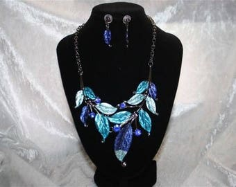 adornment necklace and Earring Set Blue