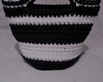 Short handle black and white bag or can be used as basket