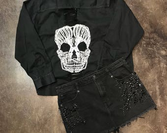 Chain and skull button up