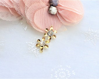 2 flower and rhinestone gold plated gold link connectors