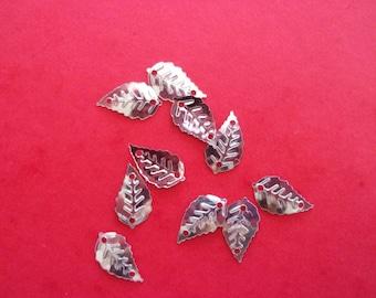 Set of 2 silver leaf shape - 16mm x 9mm sequins