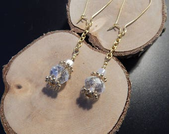 Fancy gold tone and white/transparent beads earrings
