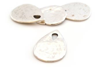 Pendant drop silver hammered metal (made in Europe)