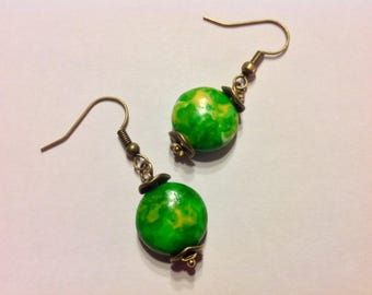 "Earrings ""Green"" flat Ocean jade beads"