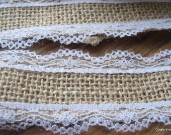 Ribbon lace on each side adorned with burlap 3.6 cm