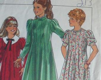 Girl's Dress Pattern - Vintage Style 4237 - Size 10-12-14