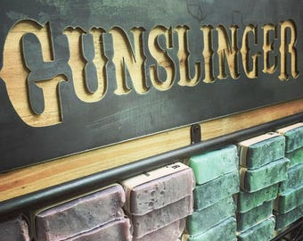 Gunslinger Metal Decor