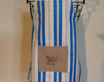 Apron child vertical stripes