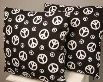 black and white pattern cushion Peace an Love