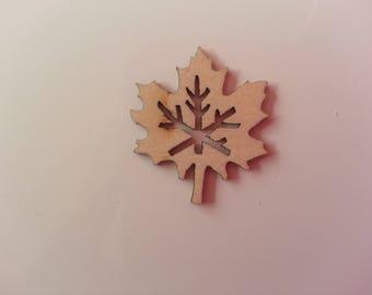 feuille d'érable en bois naturel  25*30mm