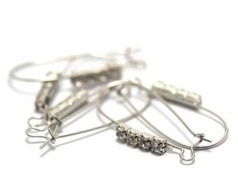 2 beautiful American Stud Earrings with Rhinestones, silver