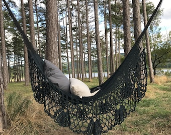 Hammock with fringe, very trendy for a chic and Bohemian, inside and outside, 2, black