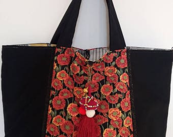 Reversible bag and removable black