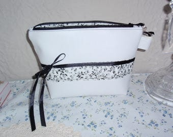Kit in black and white