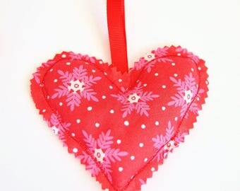 Small heating pad dry Christmas ornament - heart flakes