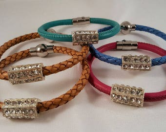 Simple Nappa leather bracelet, braided, in various colours, STRASSRÖHRE, stainless steel magnetic closure