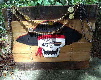 Hand painted skull pirate pallet with party beads