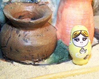 Pearl doll Russian Matryoshka yellow