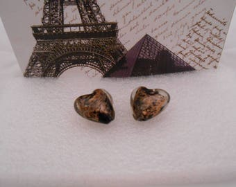 Set of 2 glass beads black and gold heart shape