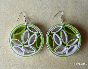 Circular Stud Earrings in lime green and white quilling