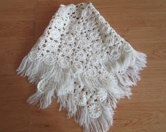 Vintage,Hand Knitted white scarf, Wool Scarf, Triangular, Winter scarf, Ladies' accessories, Gift for her, Christmas gift, Warm white scarf