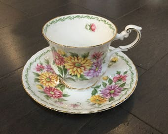 "Rosina Bone China Teacup ""Aster"" Queens Special Flowers Collection"