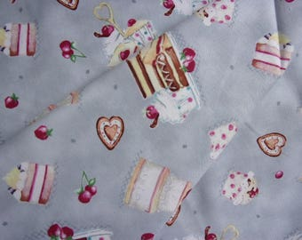 Patchwork cakes on a grey background Quilting Treasures fabric