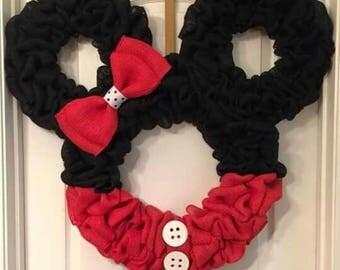 Minnie Wreath