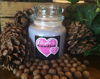 Handmade Lilac 16 oz Soy Candle