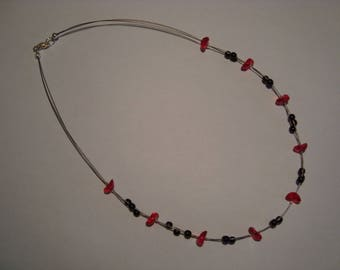Red and black fashion necklace