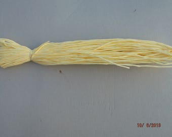 natural raffia yellow skein of 18 meters