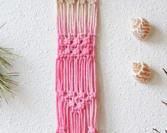 Small cotton macramé