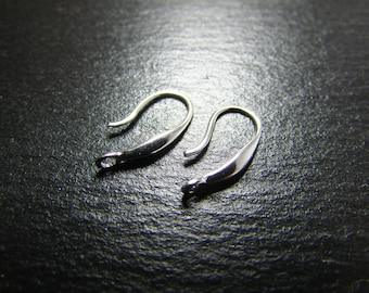 1 pair of 925 sterling silver hooks