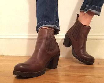 brown leather BØC heeled bootie