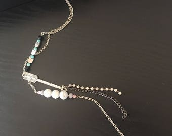 Choker necklace with chain accessories