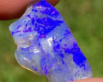 Rough Opal Gemstone For Specimen or Jewel From Lightning Ridge (4.61 Cts)