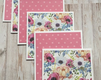 6 Handmade and Die Cut Note Cards.  Thank you Card.   Note Card. Get Well Card.  Handmade Stationery.  Handmade Card.  Floral Card