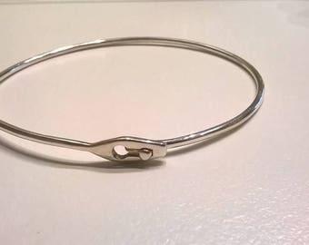 Bracelet Bangle simple silver clasp