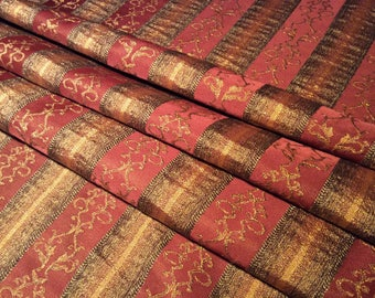 Jacquard – Decoration fabric red/gold with classic Ornaments Classic high-quality woven