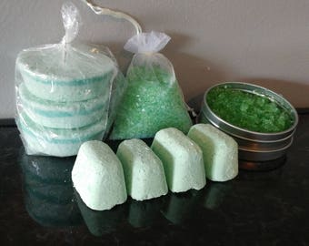 Double Mint Pedicure Gift Set, Manicure Gift Set, Spa Set, Bath Bomb Set, Bath set
