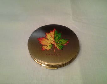 Stratton Canada Makeup Compact