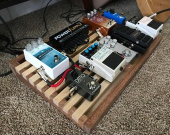 Slotted Guitar Pedal Board