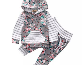 Ditsy Floral Hoodie 2 Piece Outfit