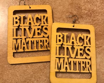 Black Lives Matter (Yellow)