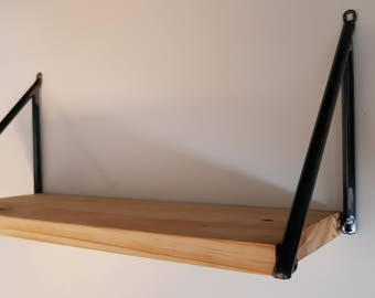 Wall shelf with studs in steel, multiple sizes and colors