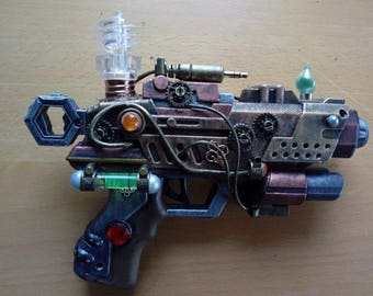 Steampunk gun / steampunk Nerf type gun / custom mod / metallic colours / working light / gears and cables / cosplay or display