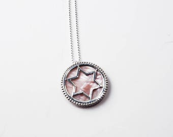 Silver star Magen David necklace with pink mother-of-pearl stone