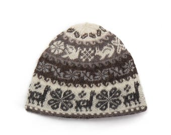 Hand made knitted hat - white / coffee
